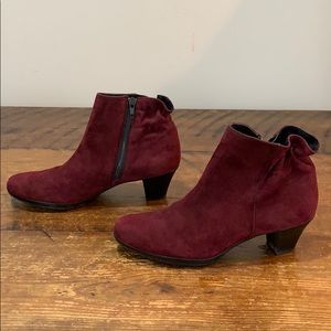 Munro Women's Alfie Wine Suede Ankle Boots Sz 8 M